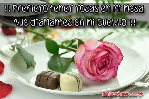 Rosita con lindos bombones de chocolate