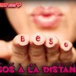Imágenes de mujeres enviando besos